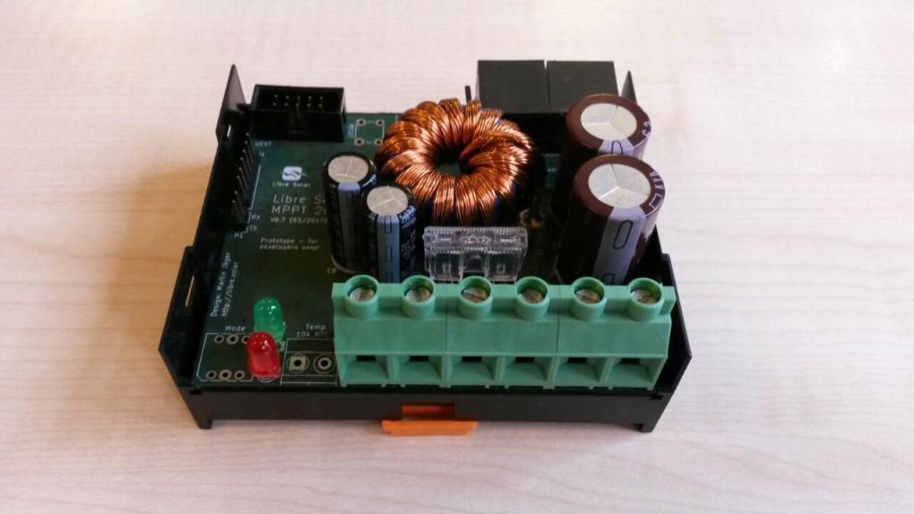 MPPT20A - ein Solar-Laderegler mit Maximum-Powerpoint-Tracking (bringt bis zu 30% mehr Ertrag !) für SOlarpanels bis 20 A
