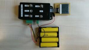 BMS5s (12V) mit integriertem Switch-N-Sense. Die kleinen Lithium-Akkus dienen vor allem zu Demo-Zwecken, man kann hier aber auch noch wesentlich dickere mit bis zu 60AH dranhängen.